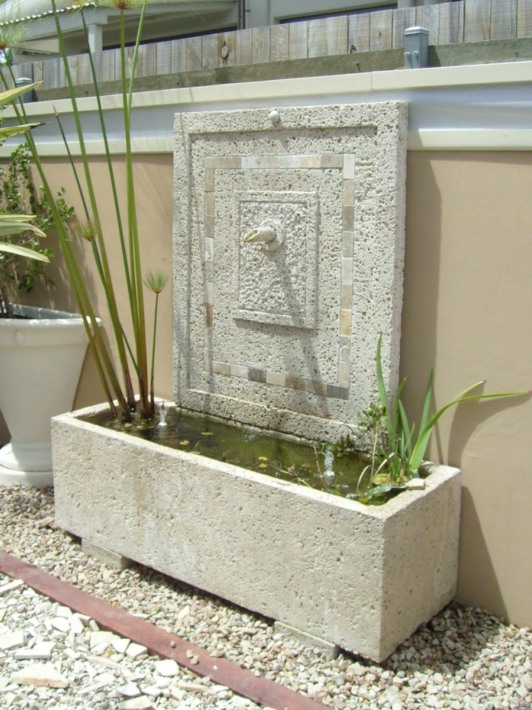 Potanico Contemporary Garden Water Features And Wall Plaques